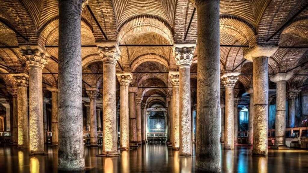 Basilica-Cistern-min