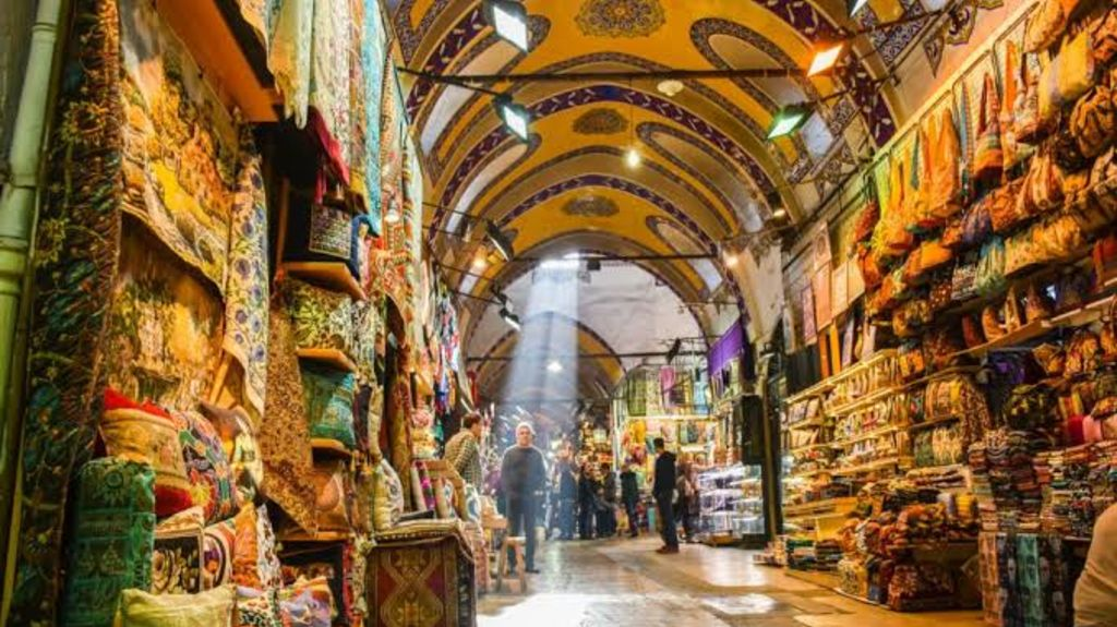 Grand Bazaar - Shopping in Istanbul