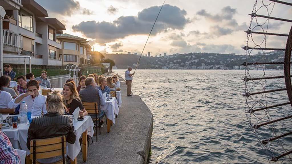 Kandilli Suna Fish Restaurant
