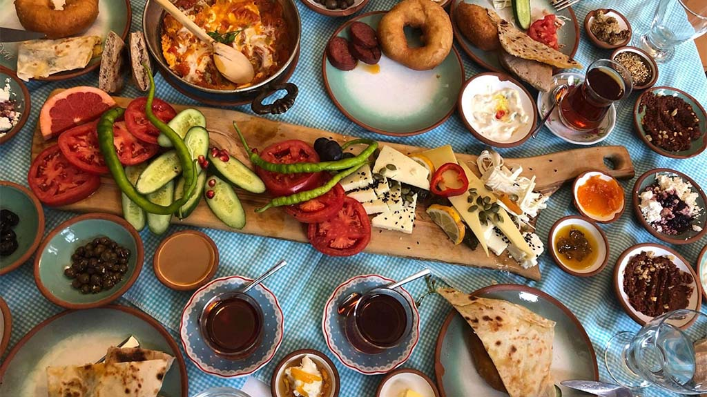 the-8-best-istanbul-brunch-spots-min