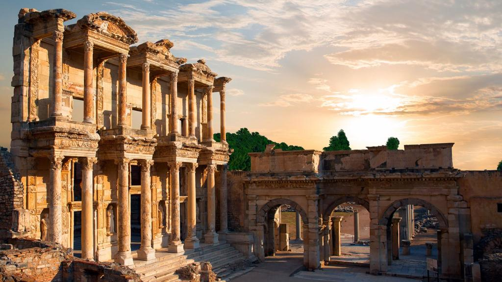 ANCIENT-CITIES-THAT-ARE-WAITING-TO-DISCOVER-IN-TURKEY
